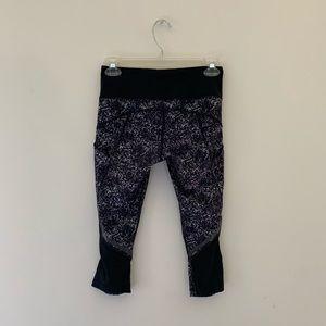 Lululemon Cropped Legging — Size 4